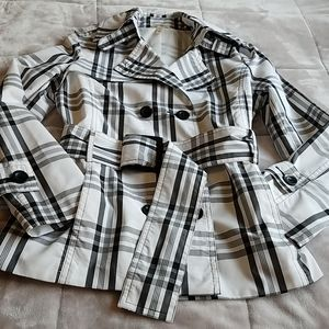 NWOT Ambiance Apparel Black & White Plaid Trench M